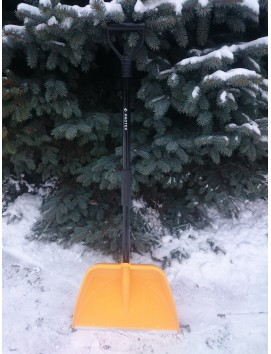 Высокопрочная снеговая лопата  СНЕЖНАЯ КОРОЛЕВА АВТО желтая
